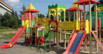 Замість дитячого майданчика у Шпанові ризикують отримати штраф голові