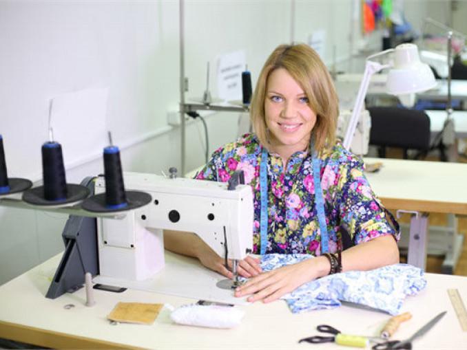На швейну фабрику у Гощі потрібно 80 працівників