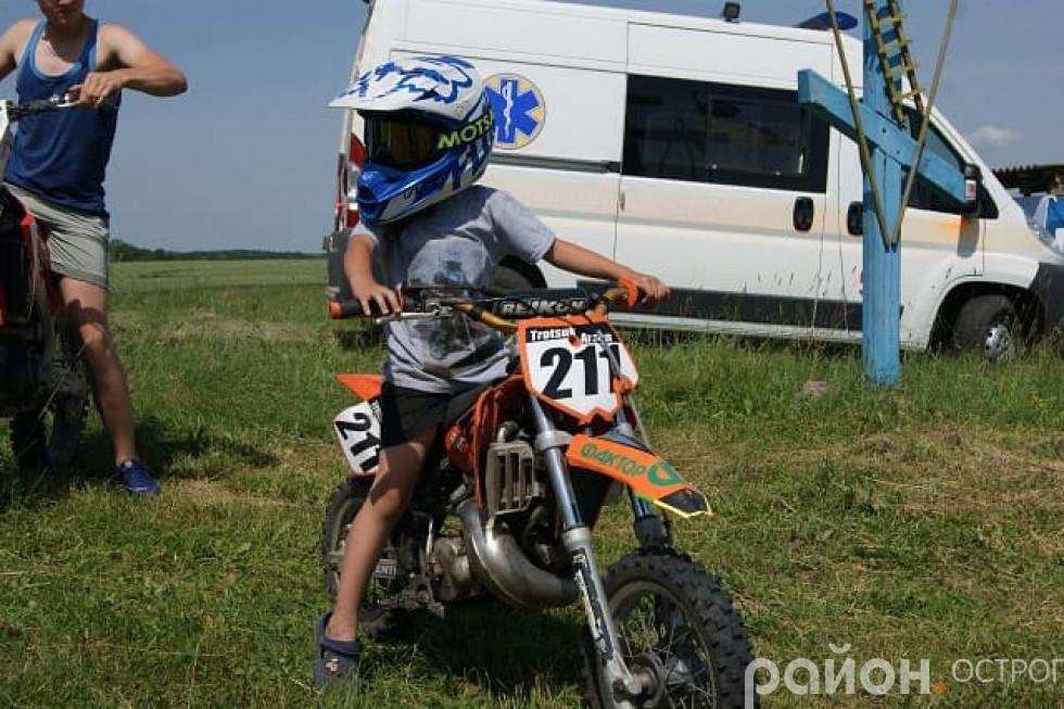 П'ятирічний мотоцикліст