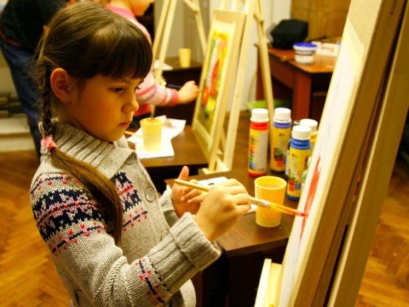 У Гощанській школі мистецтв запрошують дітей на навчання