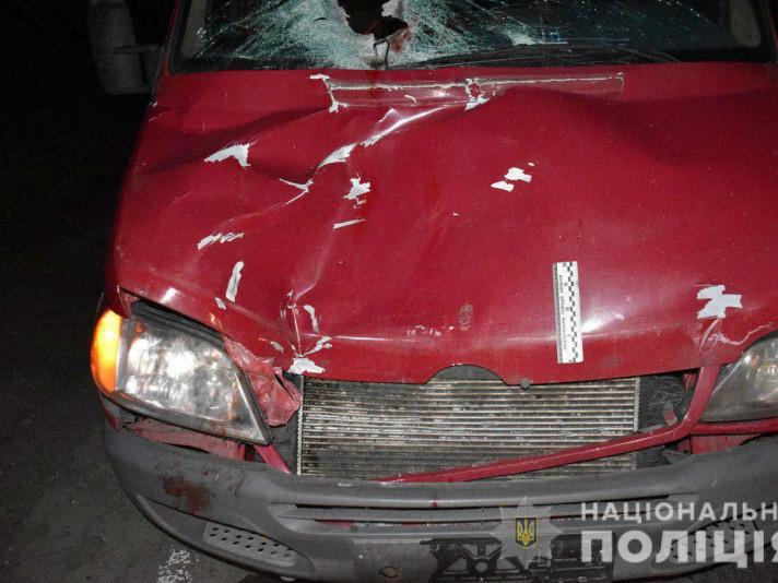 Автівка, яка збила пішохода