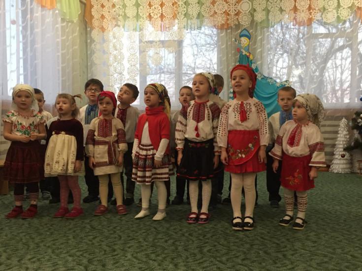 Дошкільнята на святі
