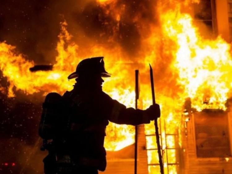 Фото ілюстративне/Пожежа у житловому будинку