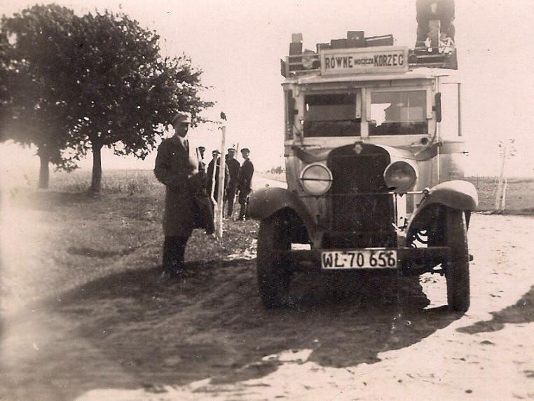 Маршрутка Рівне-Гоща-Корець у 30-х роках 20 століття
