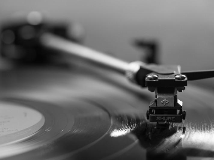 Свята, іменини та дати 28 жовтня: Всесвітній день аудіовізуальної спадщини