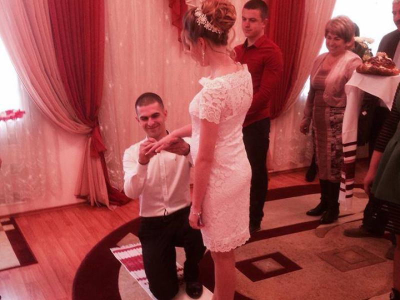 Весілля на районі: У Гощі на одну молоду сім'ю стало більше
