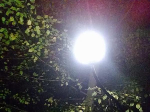 У Гощанському парку встановили 15 ліхтарів