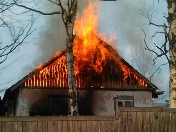 У селі Новоставці  згоріло пів будинку