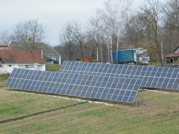На Гощанщині посеред городу стоїть сонячна електростанція