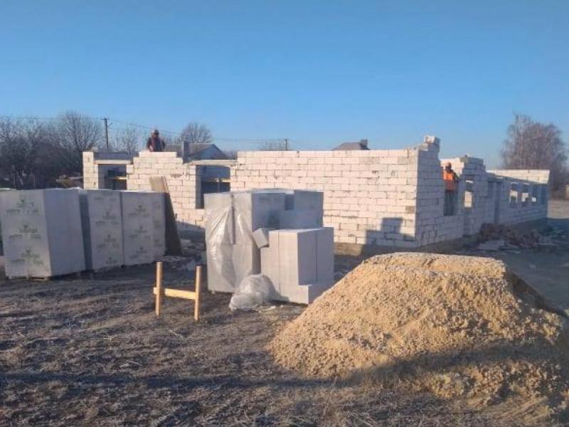 У Горбакові швидко просувається будівництво нової амбулаторії