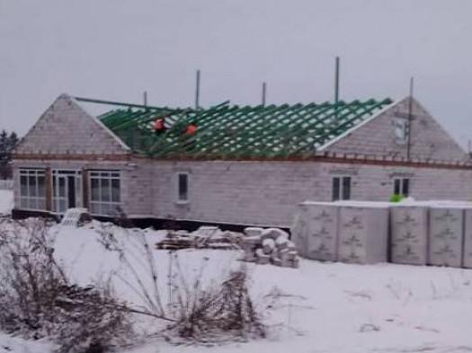 В новій Горбаківській амбулаторії накриватимуть дах