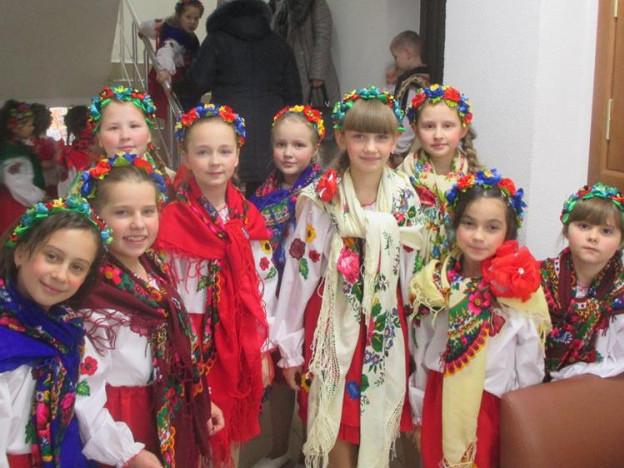 Делегація з Гощанщини відвезла на Миколая подарунки дітям на схід