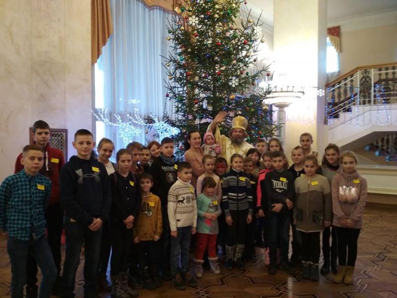 Діти воїнів АТО побували на новорічному святі у Рівному