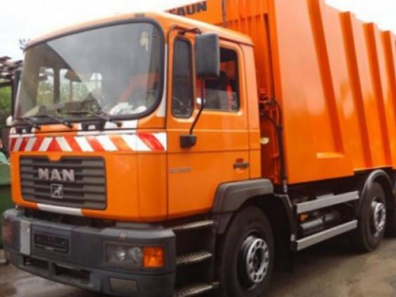Гощанська селищна рада оплатила частину коштів за новий сміттєвоз