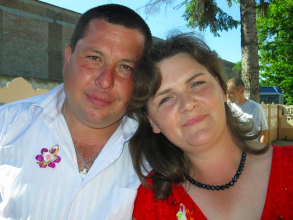 Зниклий та его дружина, Олена Іванівна