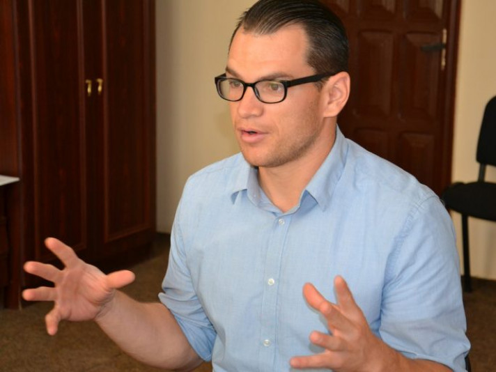 «Я не знав про Україну майже нічого»: американський волонтер працюватиме у Гощі